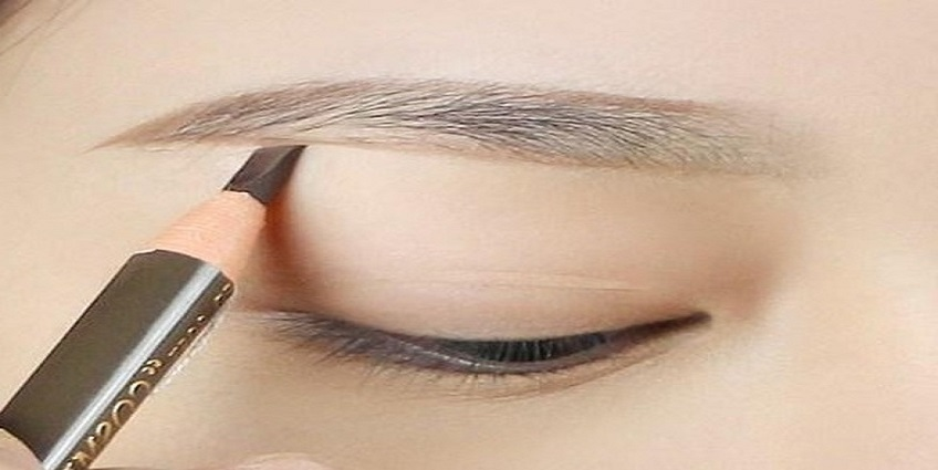 5 bước trang điểm mắt đẹp chuẩn sao Hàn