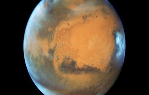 Dấu tích sông cổ đại dài gần 700 km trên sao Hỏa