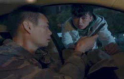 """Một pha đón bạn đi vào """"gầm xe"""" của anh chàng bá đạo"""