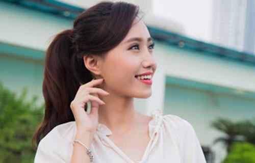 MC Xuân Anh thể hiện khả năng nhảy hiện đại