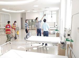 Khẩn cấp lập bệnh viện dã chiến tại Hà Nam