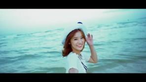 CLOSE TO ME (Lại Gần Em) - Hoàng Yến - MV