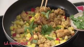 Cách làm gà xào xốt táo thơm ngon, bổ dưỡng