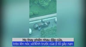 Nhóm thanh niên dẫm lên nóc xe, lấy đồ đe dọa xe gây va chạm