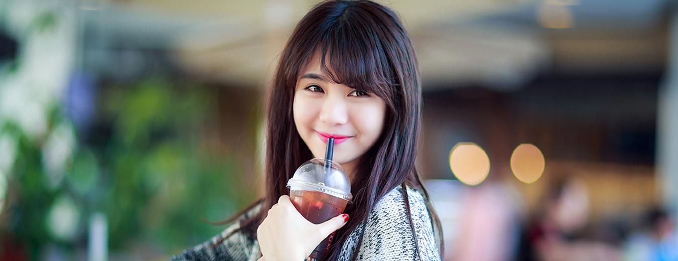 Vẻ đẹp thuần khiết trong sáng của nữ sinh Việt Nam