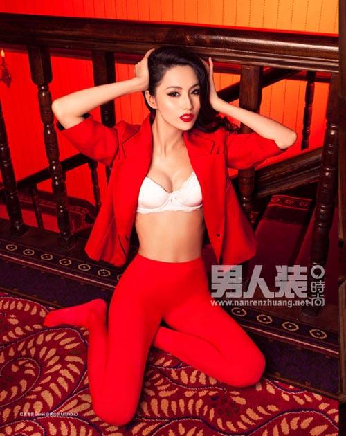 Thoi su 24h (01/12): Chuyen ve ba lao ban rau xon xao cong dong