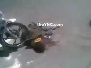 Phẫn nộ clip người dân thi nhau đi xe chèn lên người ăn trộm