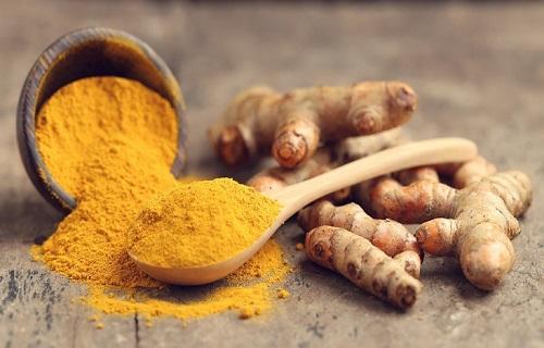 Dùng nghệ vàng để điều trị bệnh dạ dày sao cho đúng?