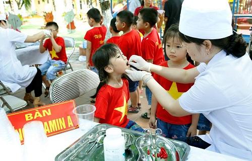 Vì sao trẻ suy dinh dưỡng thấp còi tại Việt Nam ở mức cao?