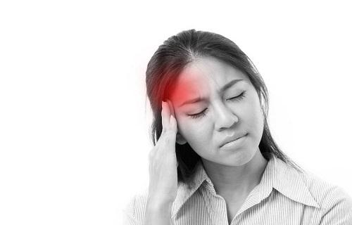 NHẦM LẪN RỐI LOẠN TIỀN ĐÌNH VÀ THIẾU MÁU NÃO MẠN TÍNH, dùng thuốc hoạt huyết có sao không?
