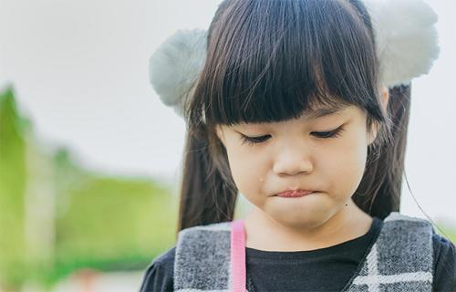 8 sai lầm khiến phụ huynh vô tình làm tổn thương con nghiêm trọng