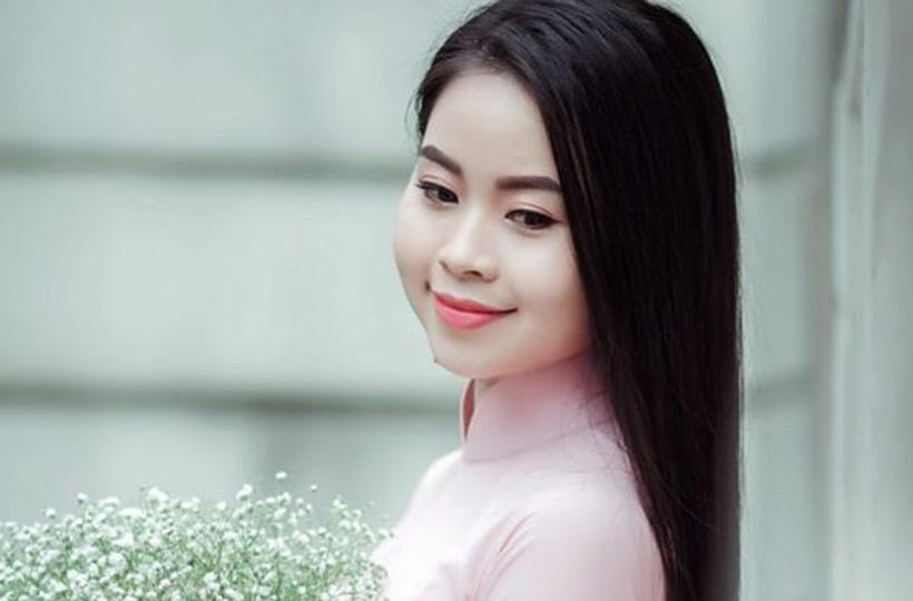 Thiếu nữ xinh đẹp khiến dân mạng mê mẩn