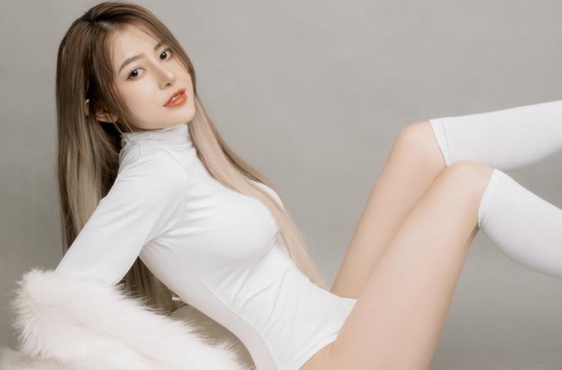 Người đẹp sở hữu phong cách sexy