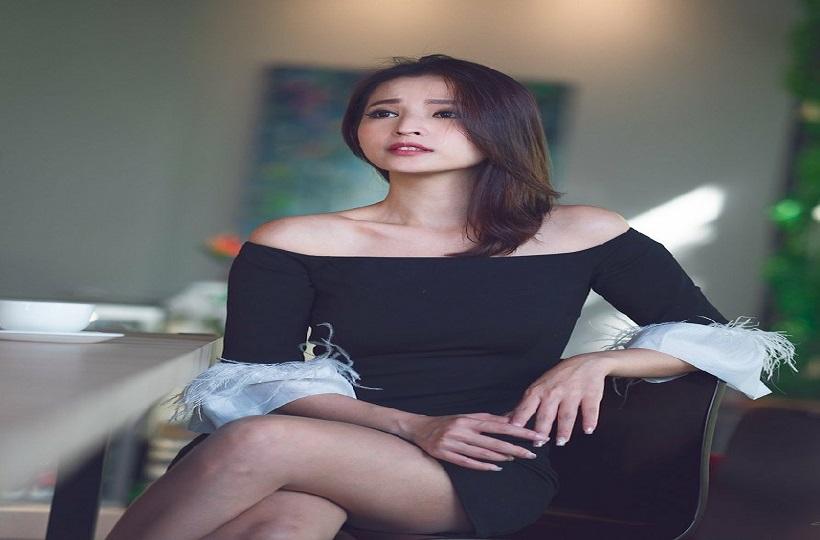 Người đẹp Trung Quốc thần thái sang trọng