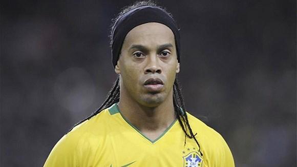 Ronaldinho trở lại ĐT Brazil